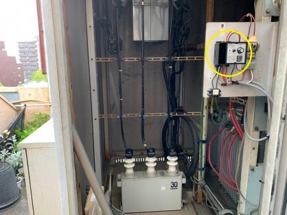 愛知県みよし市の商業施設にてキュービクルの更新電気工事