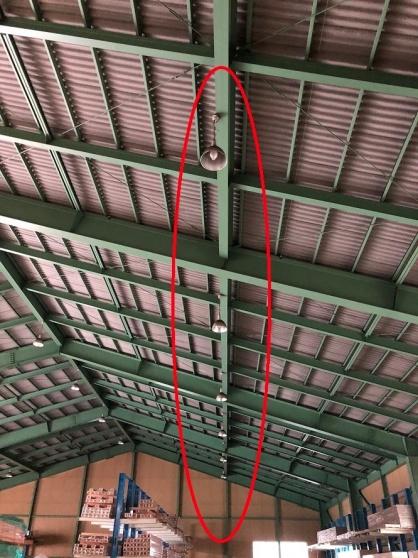 愛知県飛島村の倉庫にて高天井水銀灯などのLED取替電気工事