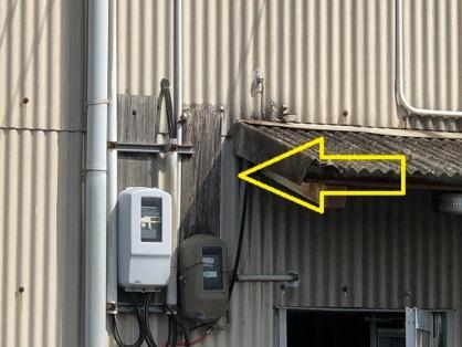 ブラケットの取付電気工事