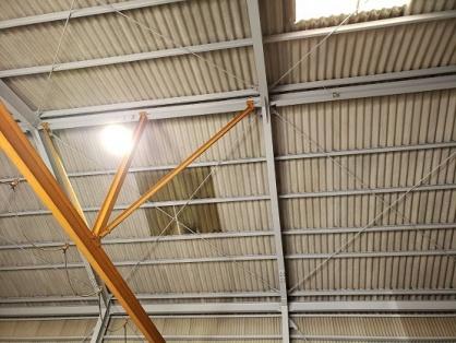 水銀灯の取替電気工事